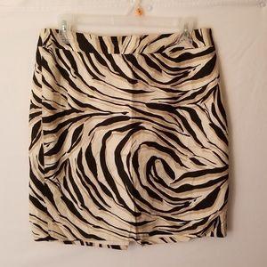 61 sz 6 Petite Loft animal print skirt